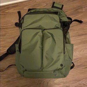 Lululemon Assert Backpack 30L